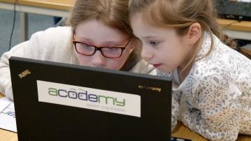 Mädchen programmieren_bb_kl